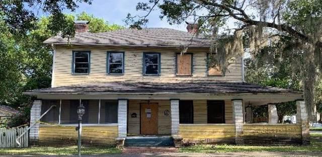 117 W 10TH Street, Sanford, FL 32771 (MLS #O5802705) :: Bustamante Real Estate
