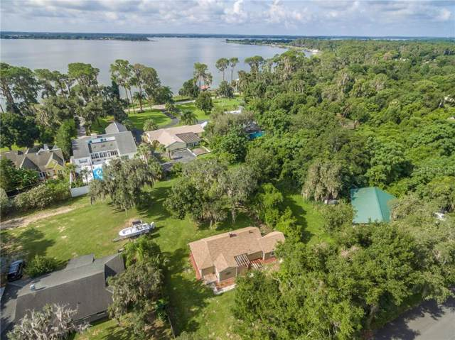 2286 Crescent Drive, Mount Dora, FL 32757 (MLS #O5805195) :: White Sands Realty Group