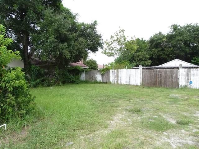 233 S Buena Vista Ave, Orlando, FL 32835 (MLS #O5809537) :: Griffin Group