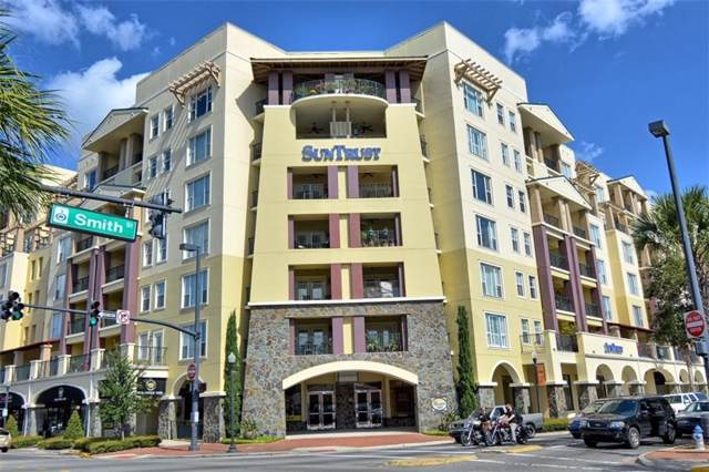 2305 Edgewater Drive #1404, Orlando, FL 32804 (MLS #O5811951) :: Cartwright Realty