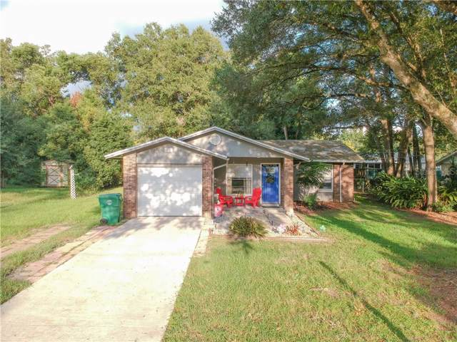 621 E Tall Pine Terrace, Deland, FL 32724 (MLS #O5811955) :: Griffin Group
