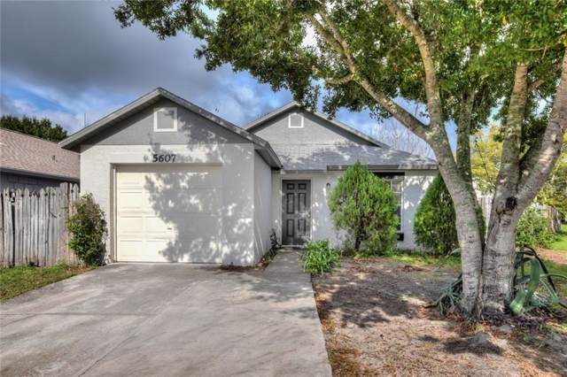 5607 Silver Spruce Drive, Orlando, FL 32808 (MLS #O5824521) :: The Duncan Duo Team