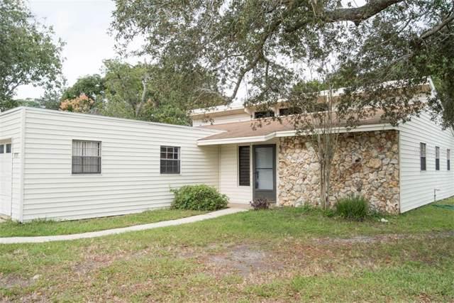 1777 Saxon Boulevard, Deltona, FL 32725 (MLS #O5826366) :: Team Vasquez Group
