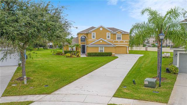 3004 Silver Leaf Court, Kissimmee, FL 34741 (MLS #O5827338) :: The Duncan Duo Team