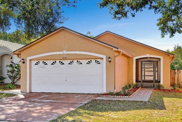 8828 Valencia Oaks Court, Orlando, FL 32825 (MLS #O5829901) :: Baird Realty Group