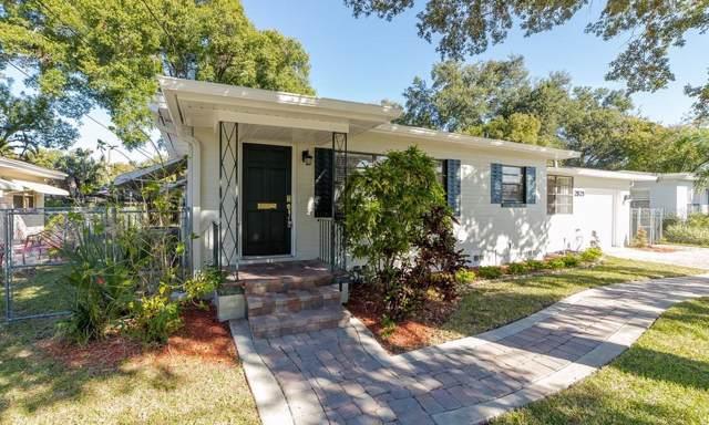 2821 E Pine Street, Orlando, FL 32803 (MLS #O5830115) :: 54 Realty