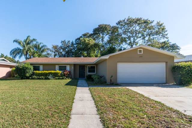 2777 Clear Cove Lane, Orlando, FL 32805 (MLS #O5830242) :: Alpha Equity Team