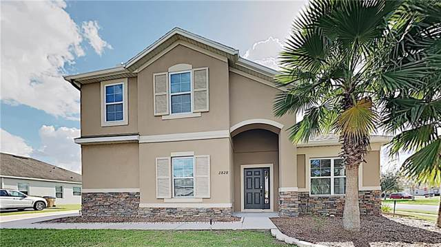 2828 Running Brook Circle, Kissimmee, FL 34744 (MLS #O5837804) :: The Light Team