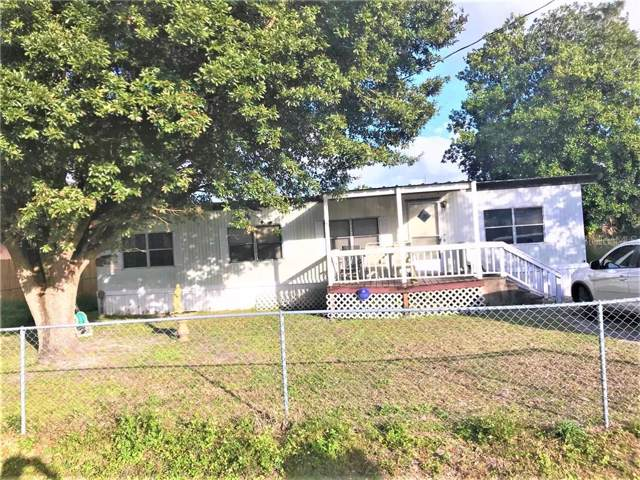 2633 Liberty Boulevard, Kissimmee, FL 34741 (MLS #O5838162) :: Griffin Group