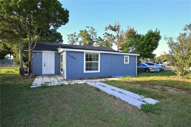1201 North Avenue, Tavares, FL 32778 (MLS #O5854840) :: Griffin Group