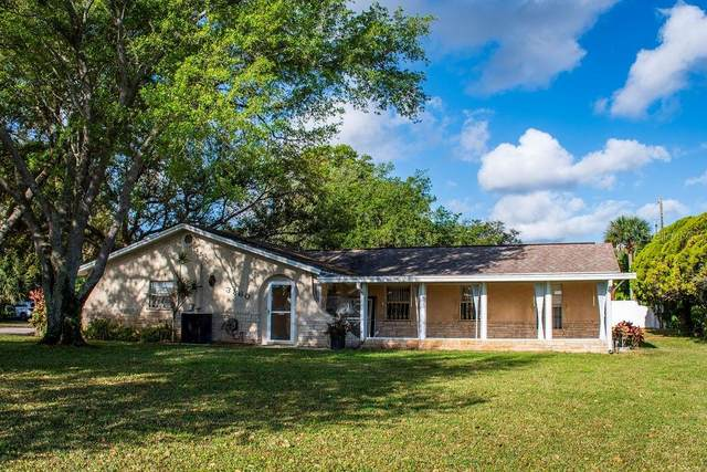 3860 Barna Avenue, Titusville, FL 32780 (MLS #O5855058) :: The Heidi Schrock Team