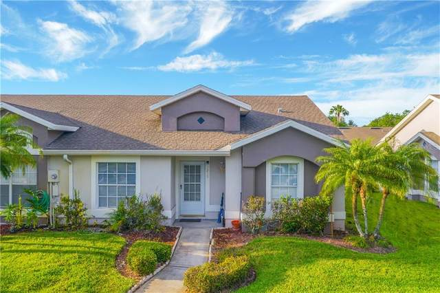 1215 Barefoot Bay Drive, Orlando, FL 32824 (MLS #O5856083) :: Your Florida House Team