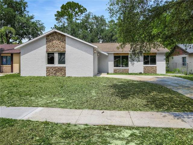 2755 Nattie Court, Orlando, FL 32826 (MLS #O5856398) :: Real Estate Chicks