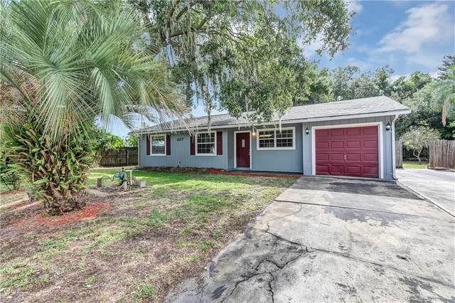 1217 Pinewood Street, Kissimmee, FL 34744 (MLS #O5864519) :: Griffin Group