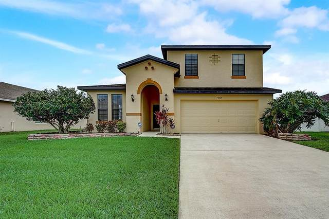 2702 Eagle Cliff Drive, Kissimmee, FL 34746 (MLS #O5868193) :: The Robertson Real Estate Group