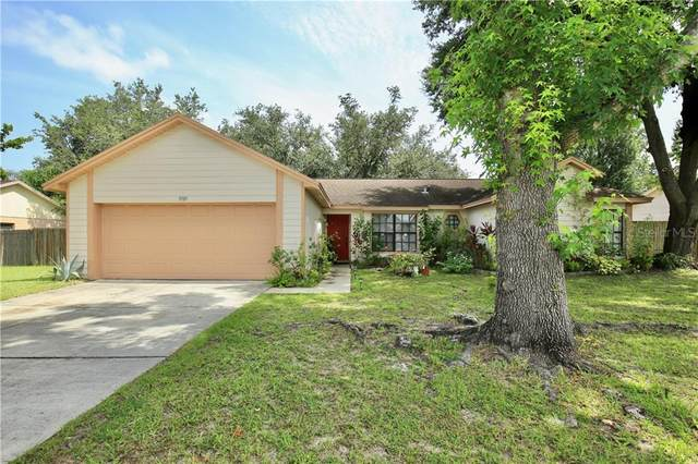 9919 Peddlers Way, Orlando, FL 32817 (MLS #O5874550) :: Rabell Realty Group