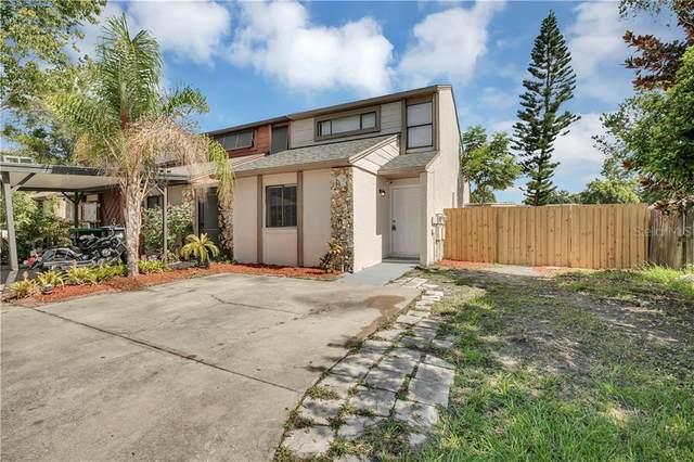 2838 Hunt Club Lane, Orlando, FL 32826 (MLS #O5875160) :: Florida Real Estate Sellers at Keller Williams Realty