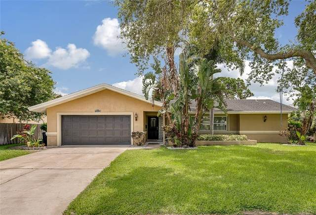 7005 Greenbrier Drive, Seminole, FL 33777 (MLS #O5875553) :: Team Bohannon Keller Williams, Tampa Properties