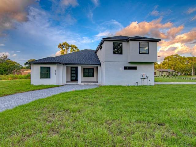 3035 Security Avenue, Oviedo, FL 32765 (MLS #O5876100) :: Premium Properties Real Estate Services