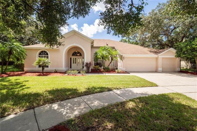 4610 Warrington Drive, Orlando, FL 32826 (MLS #O5894244) :: Delgado Home Team at Keller Williams