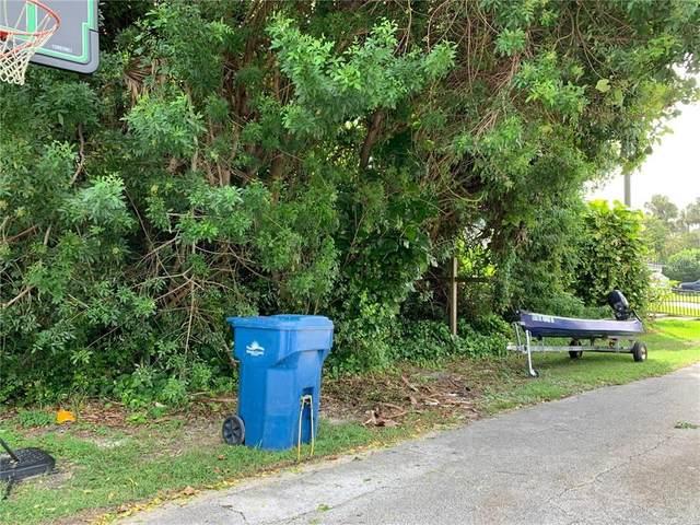25 Oak Tree Drive, New Smyrna Beach, FL 32169 (MLS #O5894428) :: The Robertson Real Estate Group