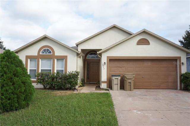 15937 Wilkinson Drive, Clermont, FL 34714 (MLS #O5895254) :: Griffin Group