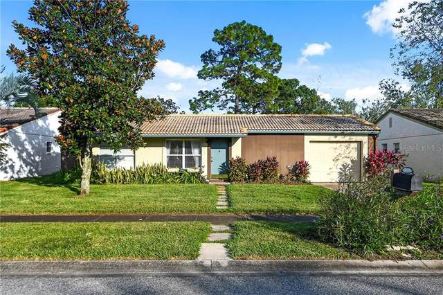 10519 Manassas Circle, Orlando, FL 32821 (MLS #O5898160) :: Lockhart & Walseth Team, Realtors
