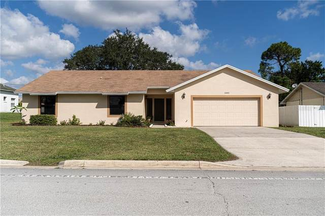 1580 E Normandy Boulevard, Deltona, FL 32725 (MLS #O5899294) :: Delgado Home Team at Keller Williams