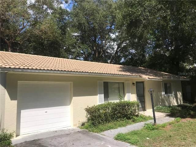 4517 Three Lakes Circle, Orlando, FL 32808 (MLS #O5900105) :: Real Estate Chicks