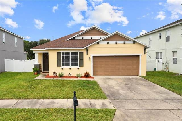 10217 Stratford Pointe Avenue, Orlando, FL 32832 (MLS #O5901123) :: The Light Team