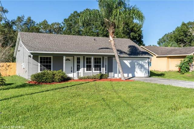 111 E 8TH Street, Chuluota, FL 32766 (MLS #O5903810) :: The Figueroa Team