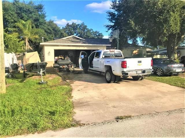 121 Lakeview Drive, Saint Cloud, FL 34769 (MLS #O5909530) :: Griffin Group
