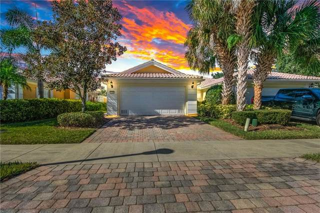 11784 Fan Tail Lane, Orlando, FL 32827 (MLS #O5918123) :: Frankenstein Home Team