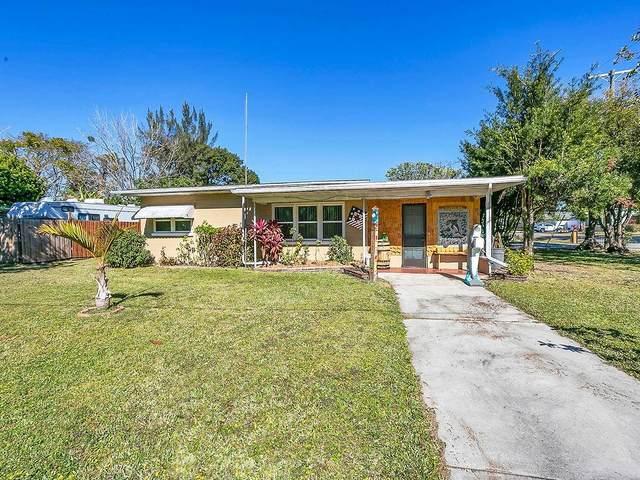 1 W Pierce Avenue, Orlando, FL 32809 (MLS #O5919190) :: EXIT King Realty