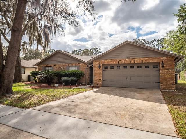 3920 Greenview Pines Court, Orlando, FL 32817 (MLS #O5925815) :: Century 21 Professional Group