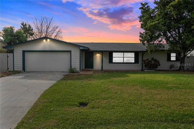 900 W Lake Holden Point, Orlando, FL 32805 (MLS #O5926076) :: Bridge Realty Group
