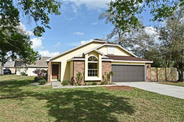 320 Morning Glory Dr, Lake Mary, FL 32746 (MLS #O5927227) :: Young Real Estate