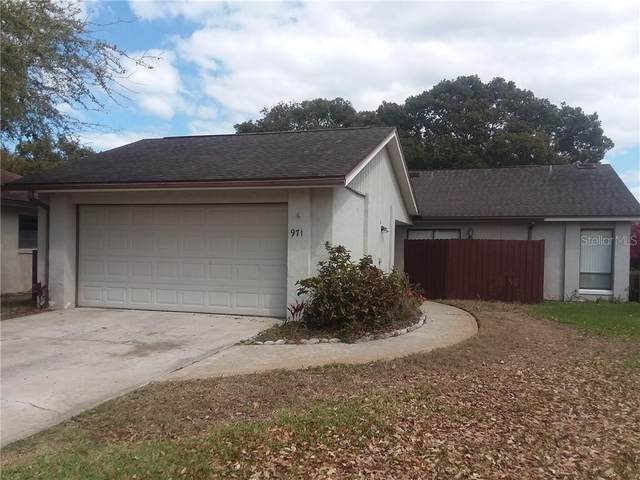971 Wedgewood Drive, Winter Springs, FL 32708 (MLS #O5927377) :: Young Real Estate