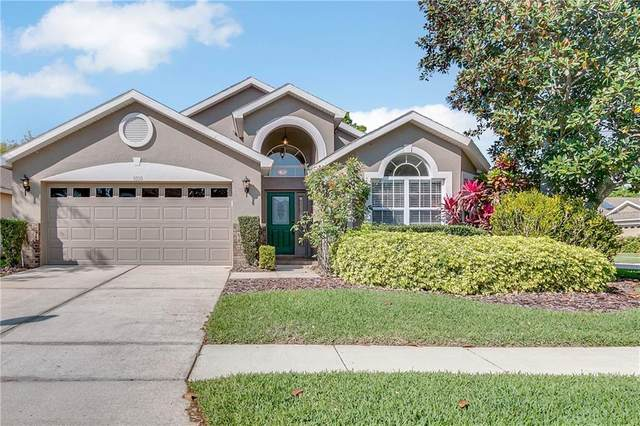 9820 Pecky Cypress Way, Orlando, FL 32836 (MLS #O5928141) :: Young Real Estate