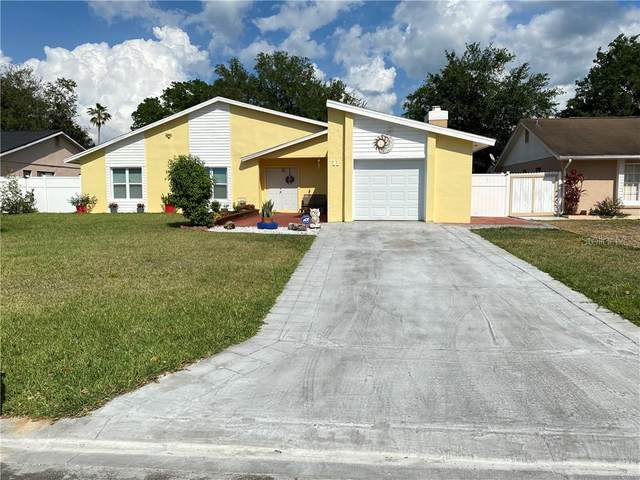 11 Chip Court, Kissimmee, FL 34759 (MLS #O5933991) :: Griffin Group