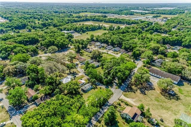 202 E 16TH Street, Apopka, FL 32703 (MLS #O5934796) :: Bustamante Real Estate