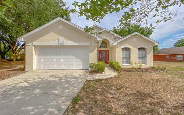 6227 Brookhill Circle, Orlando, FL 32810 (MLS #O5936145) :: The Figueroa Team