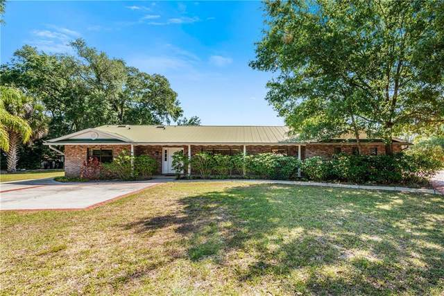 949 Shadow Oaks Road, Kissimmee, FL 34744 (MLS #O5936666) :: Frankenstein Home Team