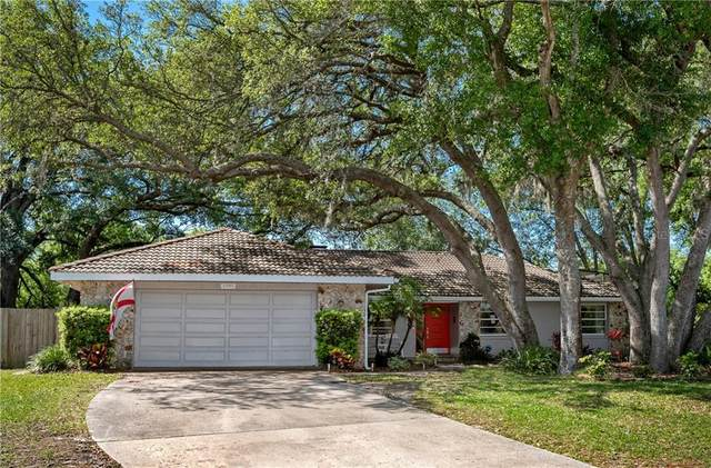 1595 Grace Lake Circle, Longwood, FL 32750 (MLS #O5937005) :: Bob Paulson with Vylla Home