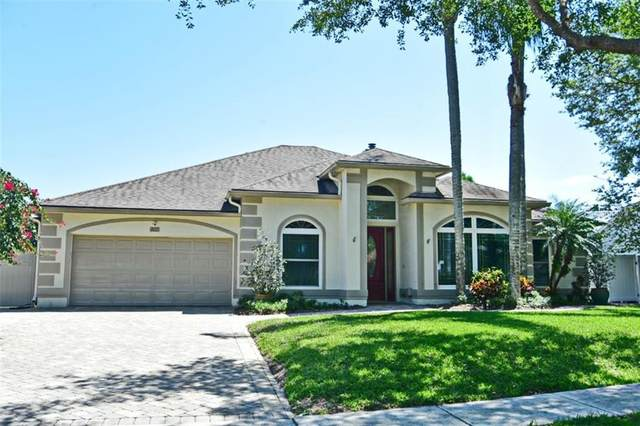 860 Manchester Avenue, Oviedo, FL 32765 (MLS #O5937406) :: Bustamante Real Estate