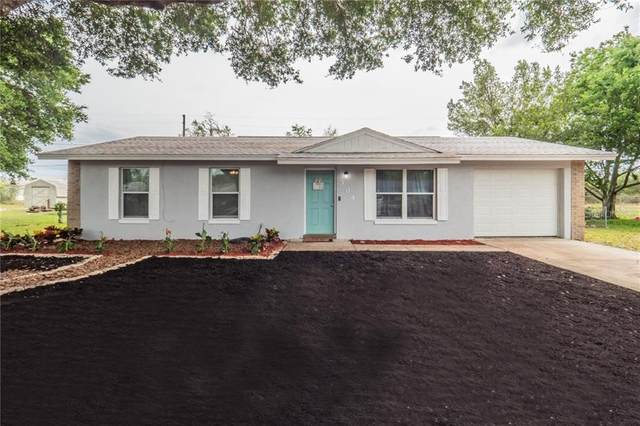 304 W Rose Lane, Lady Lake, FL 32159 (MLS #O5937441) :: The Duncan Duo Team