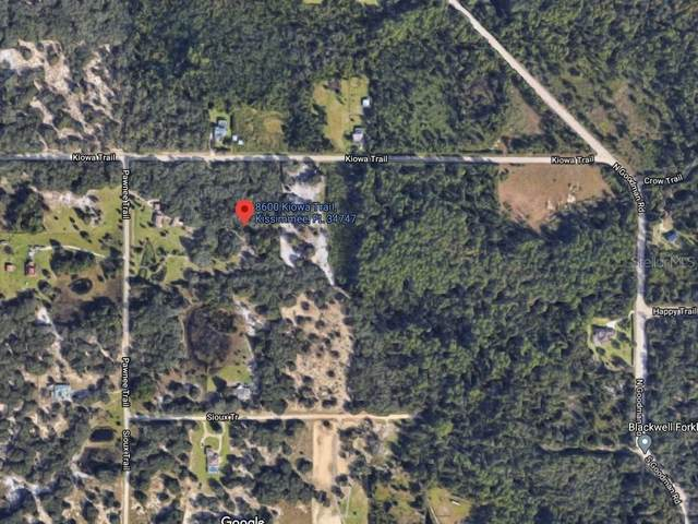 8600 Kiowa Trail, Kissimmee, FL 34747 (MLS #O5937562) :: Bustamante Real Estate