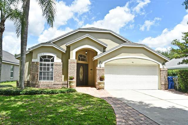 941 N Lake Claire Circle, Oviedo, FL 32765 (MLS #O5940118) :: Tuscawilla Realty, Inc