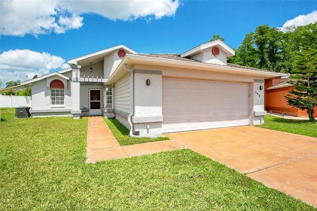 111 Zolfo Springs Court, Kissimmee, FL 34743 (MLS #O5940406) :: The Hesse Team