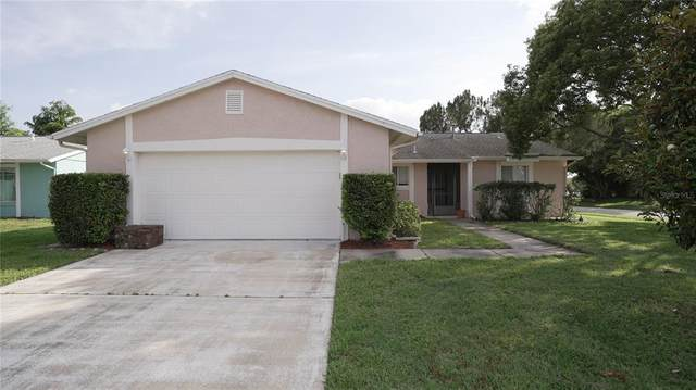4932 Lindsay Court, Orlando, FL 32821 (MLS #O5941062) :: The Paxton Group